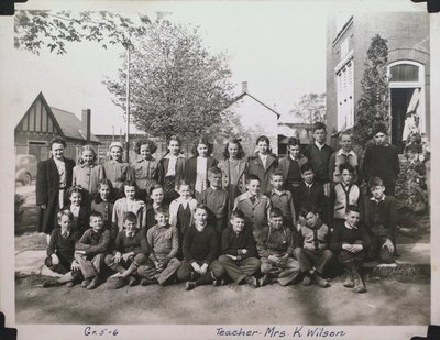 Grade 5-6 Class, Central School, Merritton