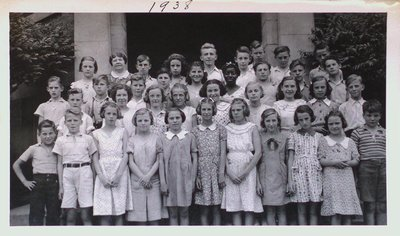 Class Portrait at Victoria School, St. Catharines