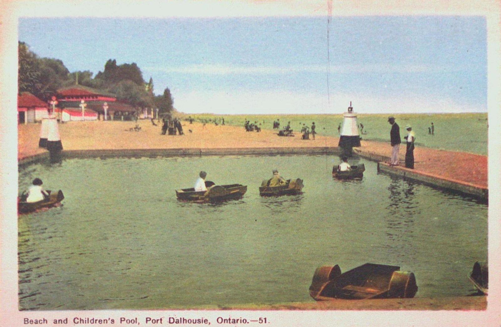 Beach and Children's Pool at Port Dalhousie