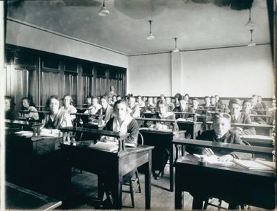 The St. Catharines Business College Commercial Room