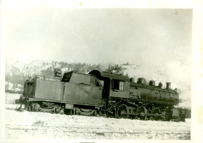 Photograph of Canadian Pacific Railway Engine 730
