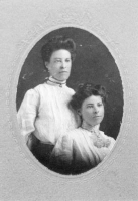 Annie and Katie Bottomley, circa 1920