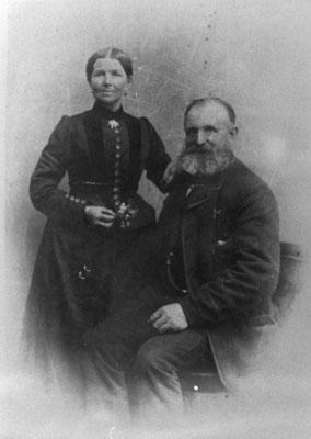 Julius and Louisa Detta, circa 1900