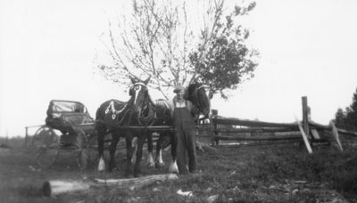 Horse Drawn Carriage, South River Agricultural Society Fall Fair Parade, circa 1922