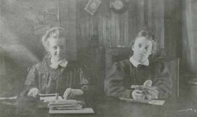 Ena Holditch & Daughter Margaret, South River, circa 1930