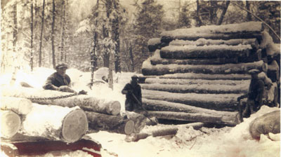 Loading a Sleigh from a Log Dump