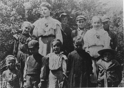 S.S. #3 Chapman Class Photo, 1906