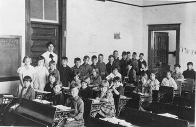 Miss Tennant's 1927 Sundridge Public School Class