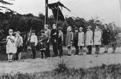 Children of S. S. #1 Strong Sterling Falls on Parade, circa 1915