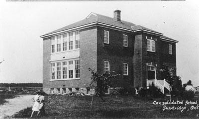 Consolidated School Sundridge, Ontario, circa 1920