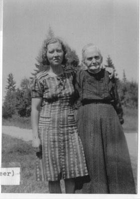 Marjorie Paget & Pioneer Mrs. Cook, circa 1940