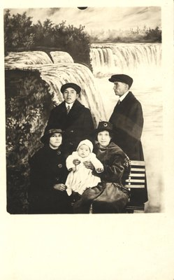 Albert Anderson and others at Niagara Falls