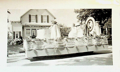 Photograph of Float in Stirling Centennial Parade, 1958