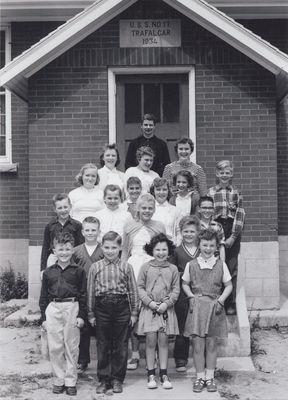 U.S.S. No. 17, Ash Public School