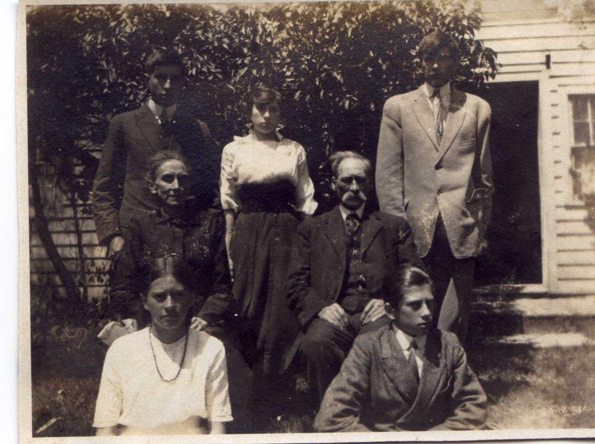 J.E Cullingworth Family ca1914