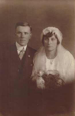 Ron and Ruth Powell Wedding Portrait