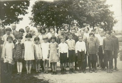 S.S.#10 Trafalgar Township, White School, Tenth Line and Britannia Roads, Teachers and Students.