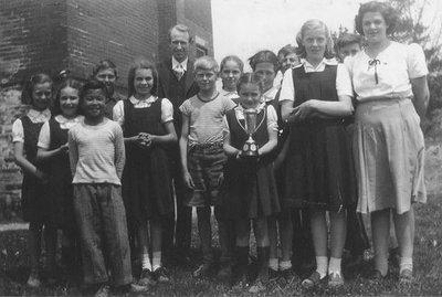 Munn's School, S.S. #3A, Halton County, Trafalgar Township, Choir