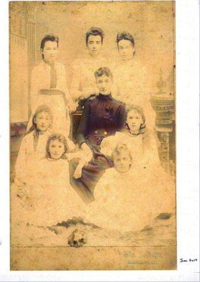 Young Women of Johnston and Norton Families of Glen Williams