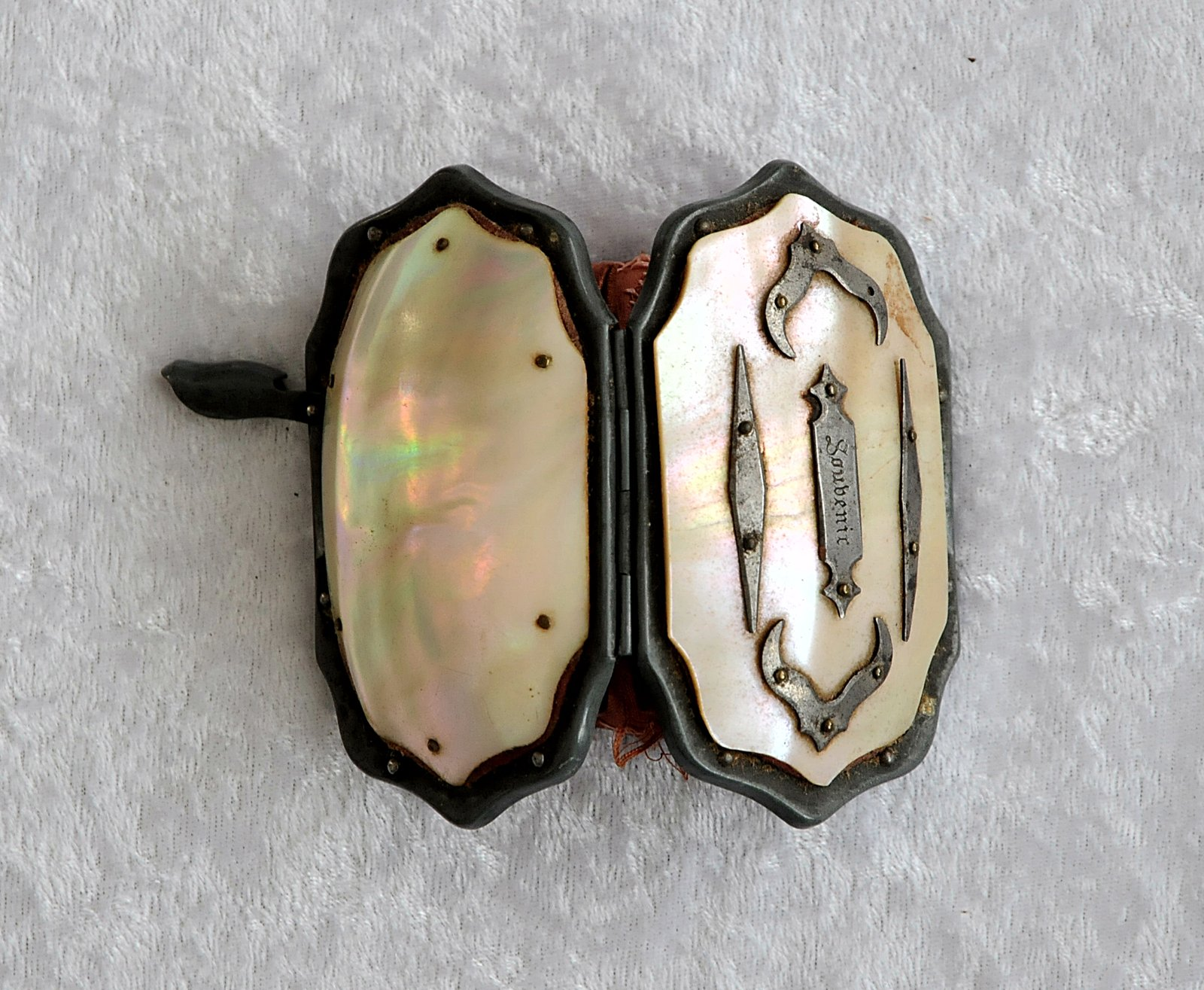 Mother-of-Pearl and Silk Change Purse