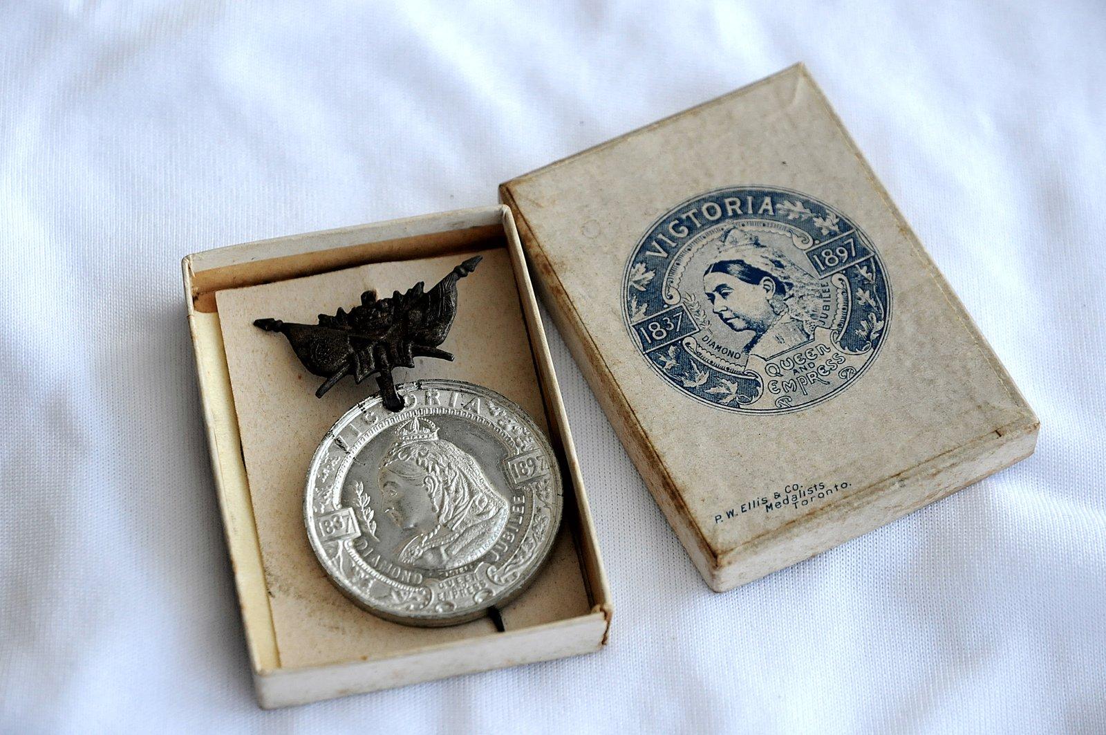 Victoria Diamond Jubilee Medal, 1837-1897