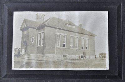 Munn's School, S.S. #3A Trafalgar