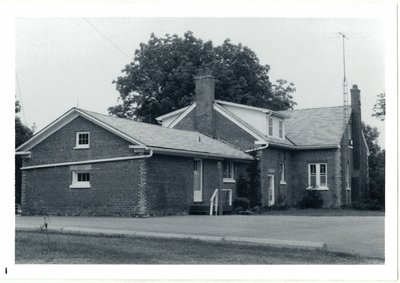 Photographs of 32 Dundas Street East, Oakville, Ontario in 1977