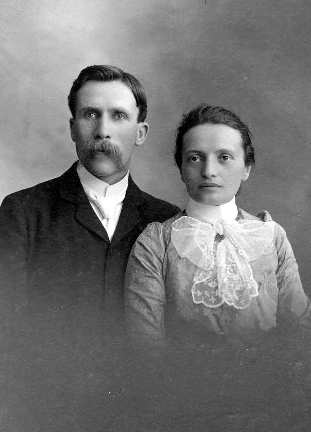 Wedding Photograph of Alice Breckon and Horace Wrinch, 1900