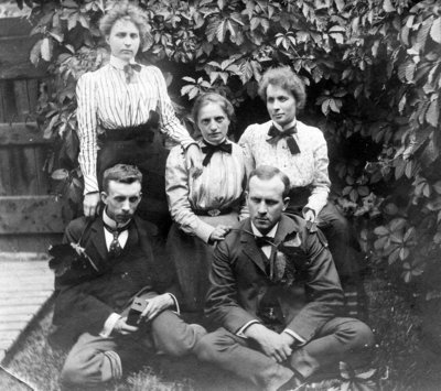 Alice Breckon with Wrinch Family Members