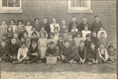 Coyne School, 1925