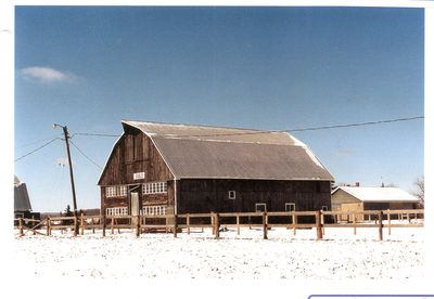 Barn of Les King, Hornby, 1988