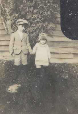 Hank and Isobel Ford, 1927 or 1928.