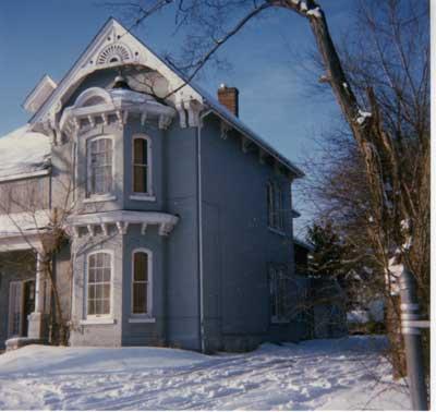 Simon Dyment Home, Barrie, 1989 (2)