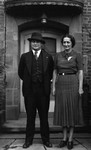 Chester & Evelyn MacDonald Oman (cousin), ca.1937.  Cleveland, Ohio.