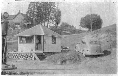 Cliff Carleton's Service Station, 1939