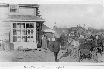 Art Buchanan's Store with a Crowd, Dunchurch, circa 1900