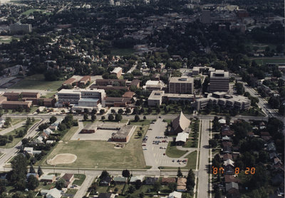 Aerial view of Wilfrid Laurier University, 1987