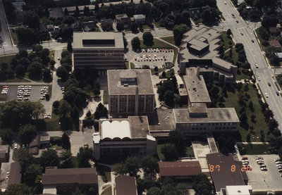 Aerial view of Wilfrid Laurier University, 1987