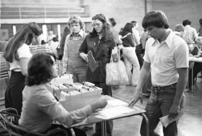 Registration at Wilfrid Laurier University, 1977
