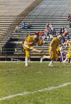 Steve Rainey during Wilfrid Laurier University football game