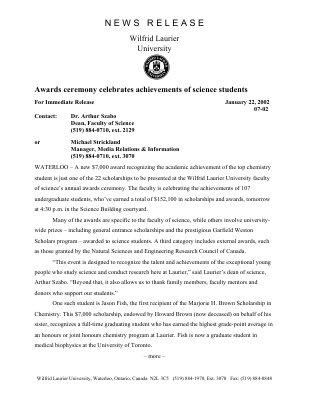 07-2002 : Awards ceremony celebrates achievements of science students