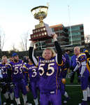 Adrian Houwer with Uteck Bowl trophy