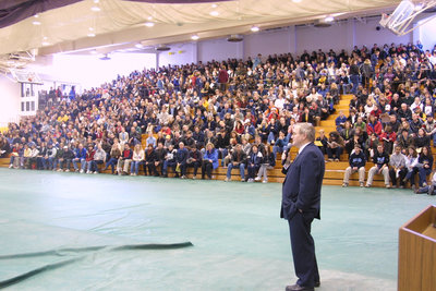 Robert Rosehart speaking to group of potential students at Laurier Day, 2002