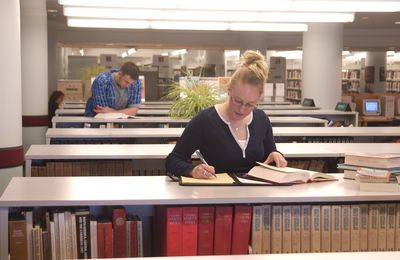 Students studying at Brantford Public Library, 2002
