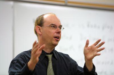 Paul Heyer teaching in classroom, 2004