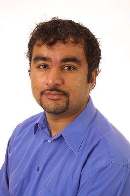 Azim Essaji, 2004