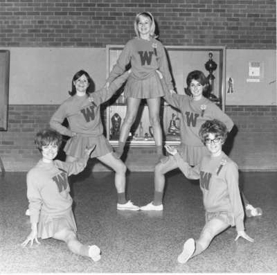 Waterloo Lutheran University cheerleaders, 1968-69