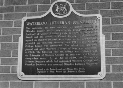 Historical plaque, Waterloo Lutheran University