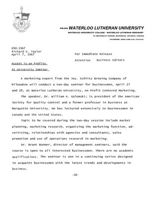 050-1967 : Accent is on profits at university seminar