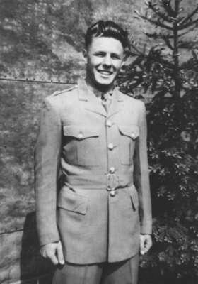 "Waterloo College detachment, Canadian Officers' Training Corps cadet Walter ""Dutch"" Kramer"